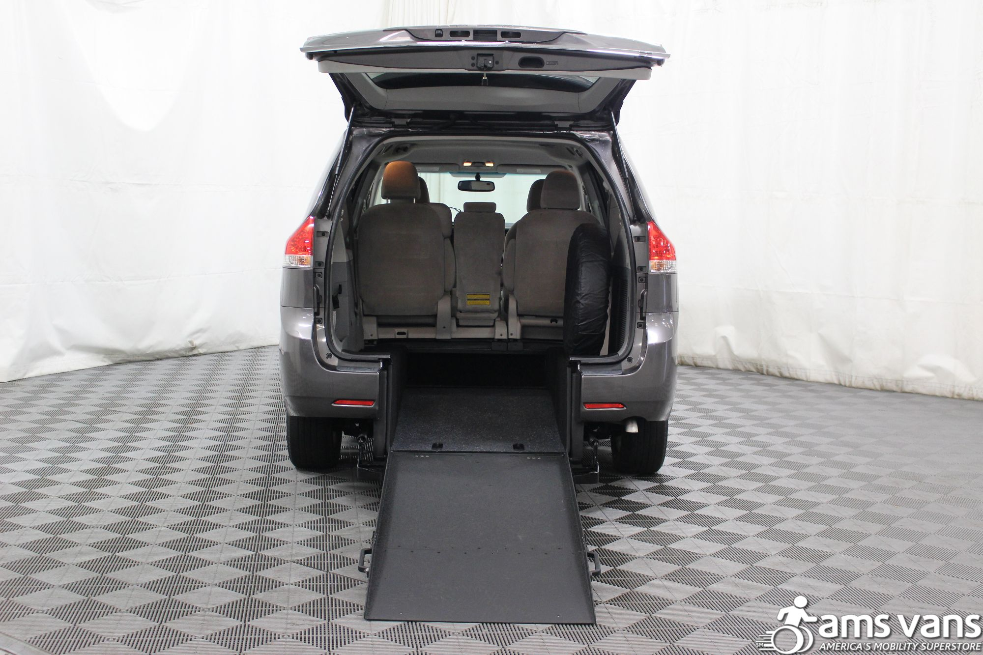 2011 Toyota Sienna LE Wheelchair Van For Sale #2
