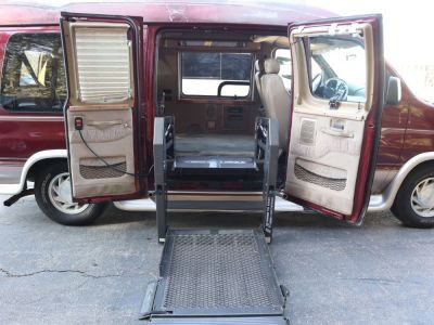 Used Wheelchair Van for Sale - 2003 Ford Econoline E150 E-150 Wheelchair Accessible Van VIN: 1FDRE14L03HB43373