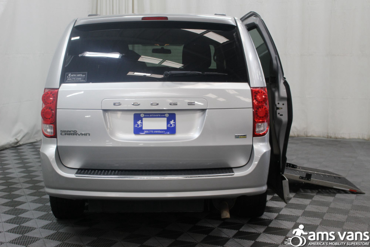 2011 Dodge Grand Caravan Mainstreet Wheelchair Van For Sale #4