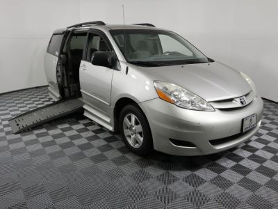 Used Wheelchair Van for Sale - 2008 Toyota Sienna LE 7-Passenger Wheelchair Accessible Van VIN: 5TDZK23C08S139217