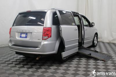 2011 Dodge Grand Caravan Wheelchair Van For Sale -- Thumb #3