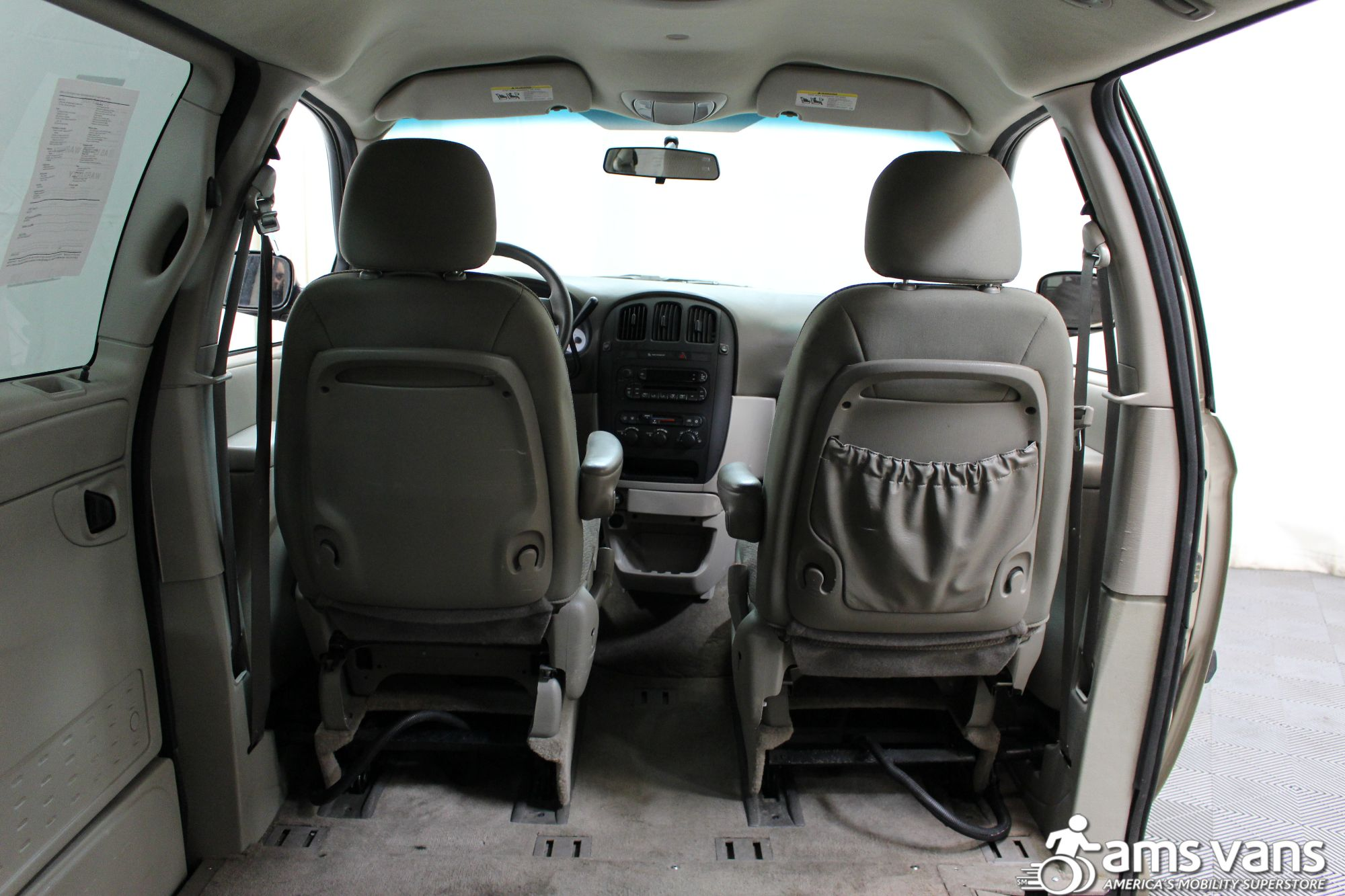 2007 Dodge Grand Caravan SE Wheelchair Van For Sale #6