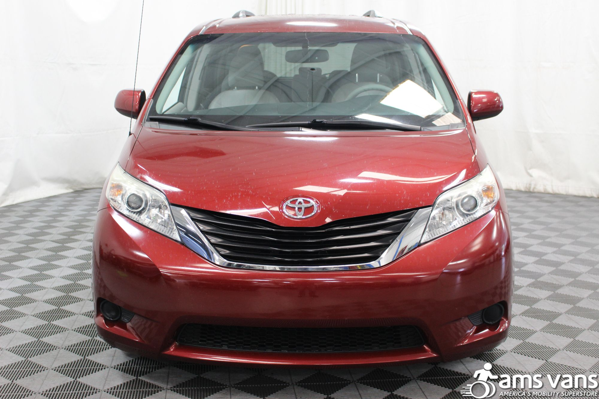 2011 Toyota Sienna LE Wheelchair Van For Sale #16