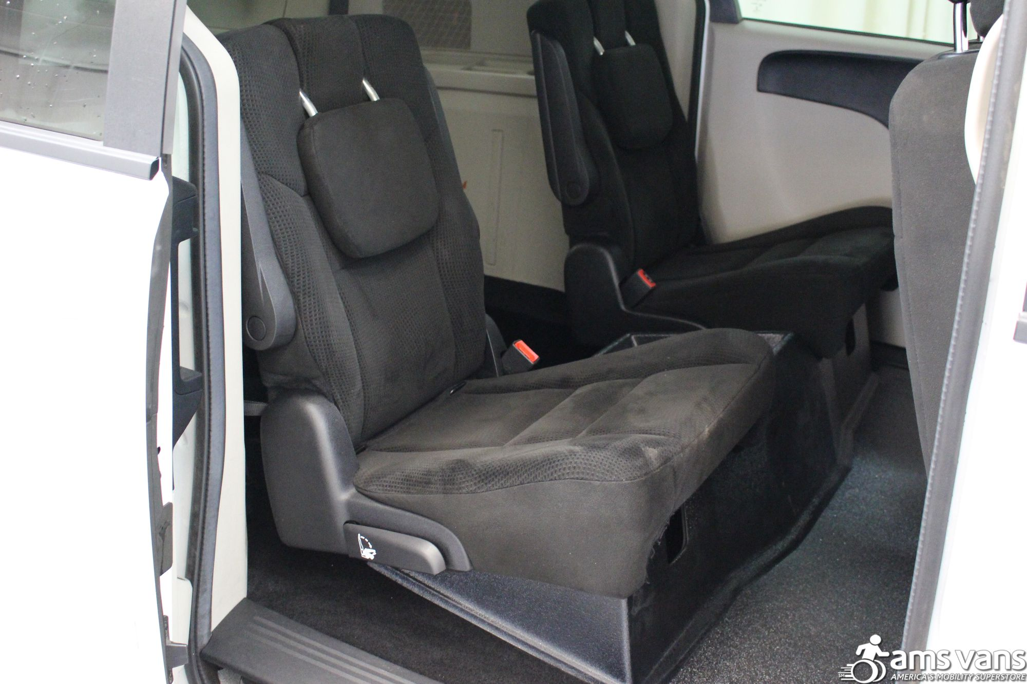 2016 Dodge Grand Caravan SXT Wheelchair Van For Sale #9
