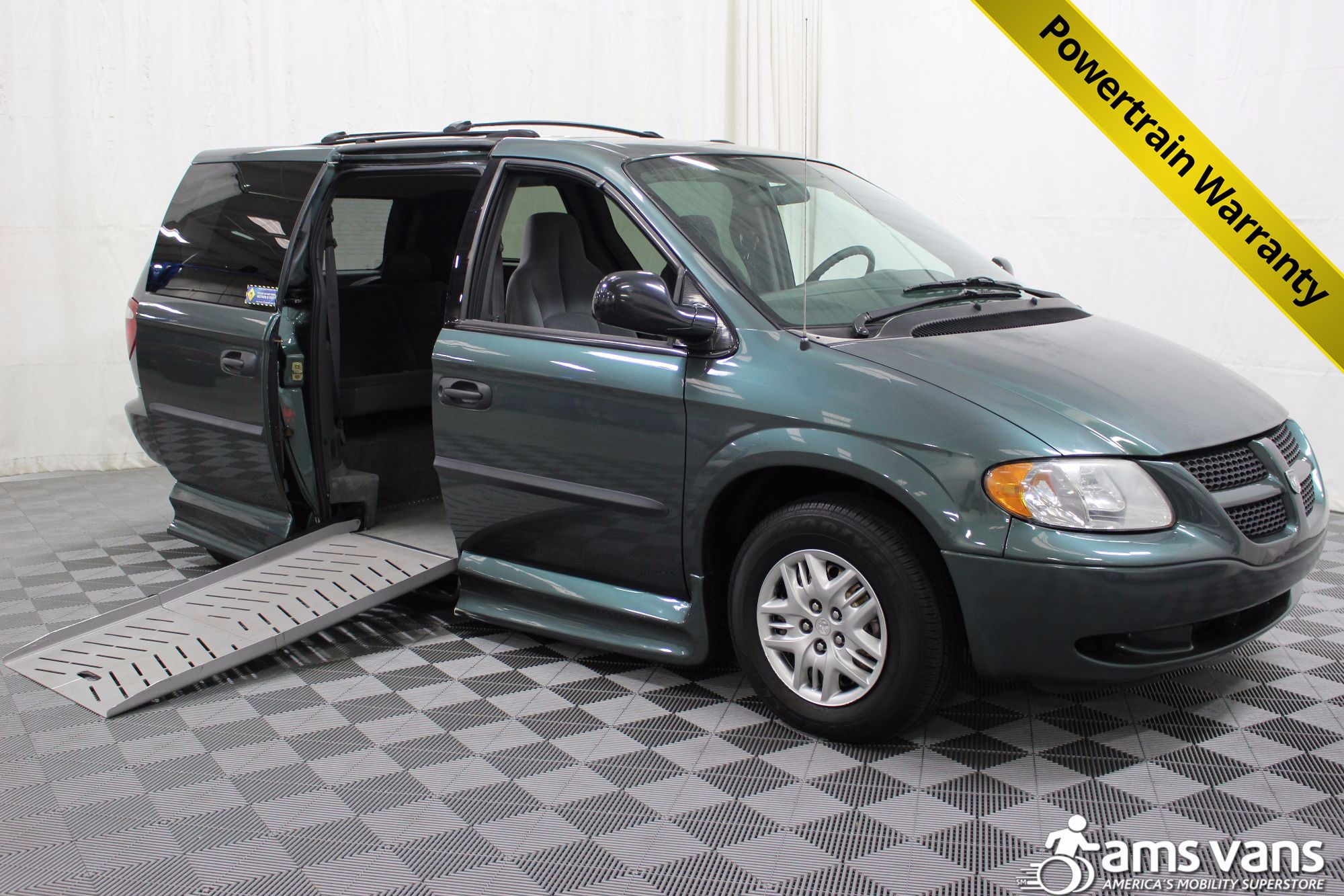 2004 Dodge Grand Caravan SE Wheelchair Van For Sale #1