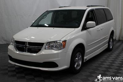 2012 Dodge Grand Caravan Wheelchair Van For Sale -- Thumb #13