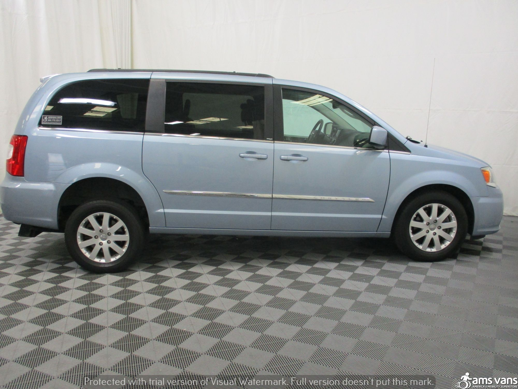 2013 Chrysler Town and Country Wheelchair Van For Sale #9