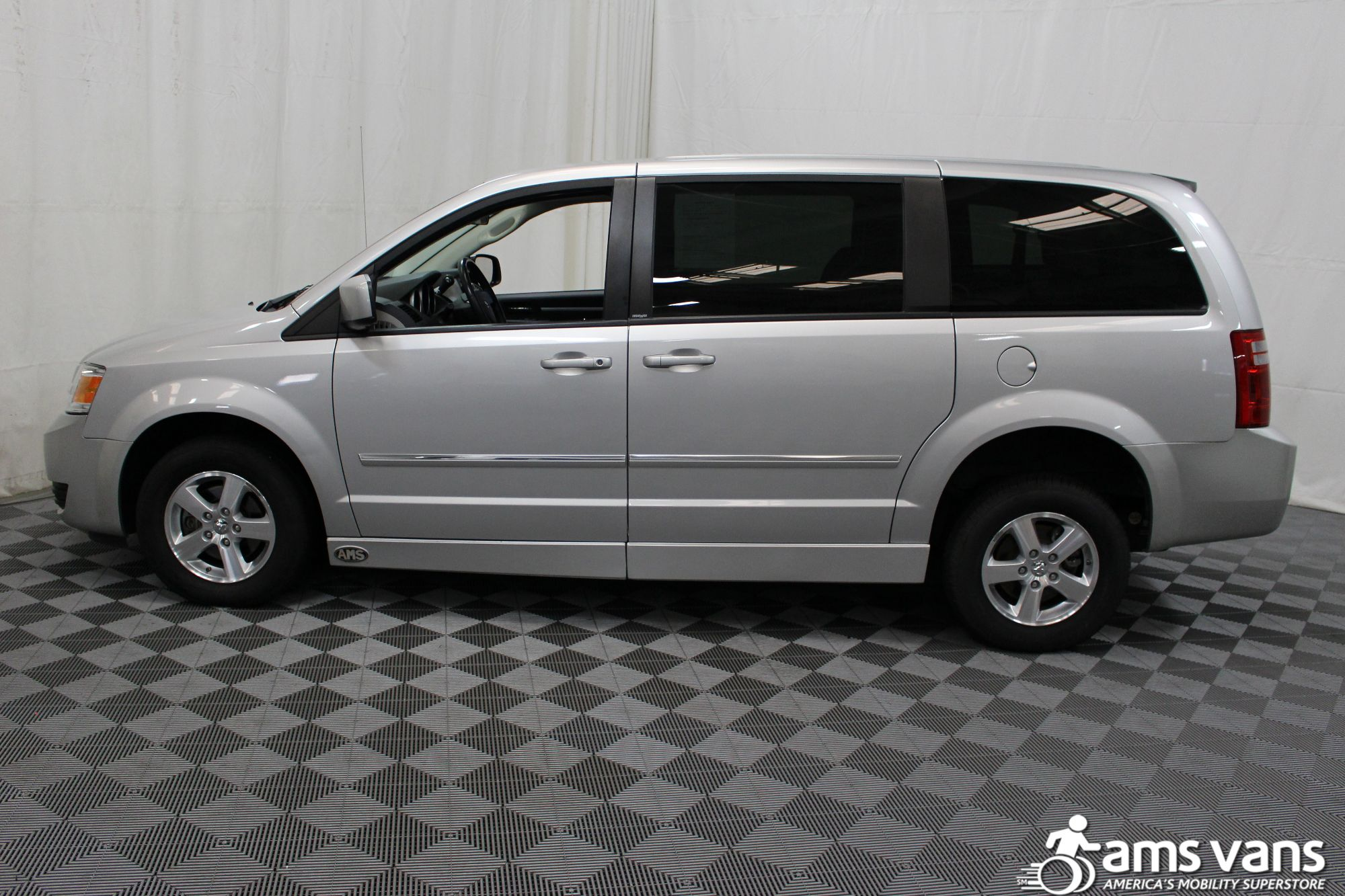 2008 Dodge Grand Caravan SXT Wheelchair Van For Sale #15