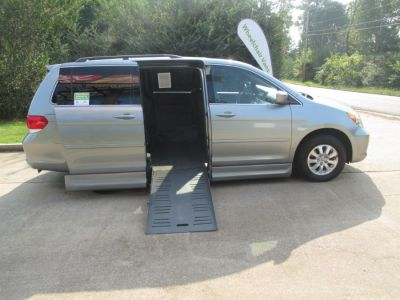 GREEN Honda Odyssey image number 7