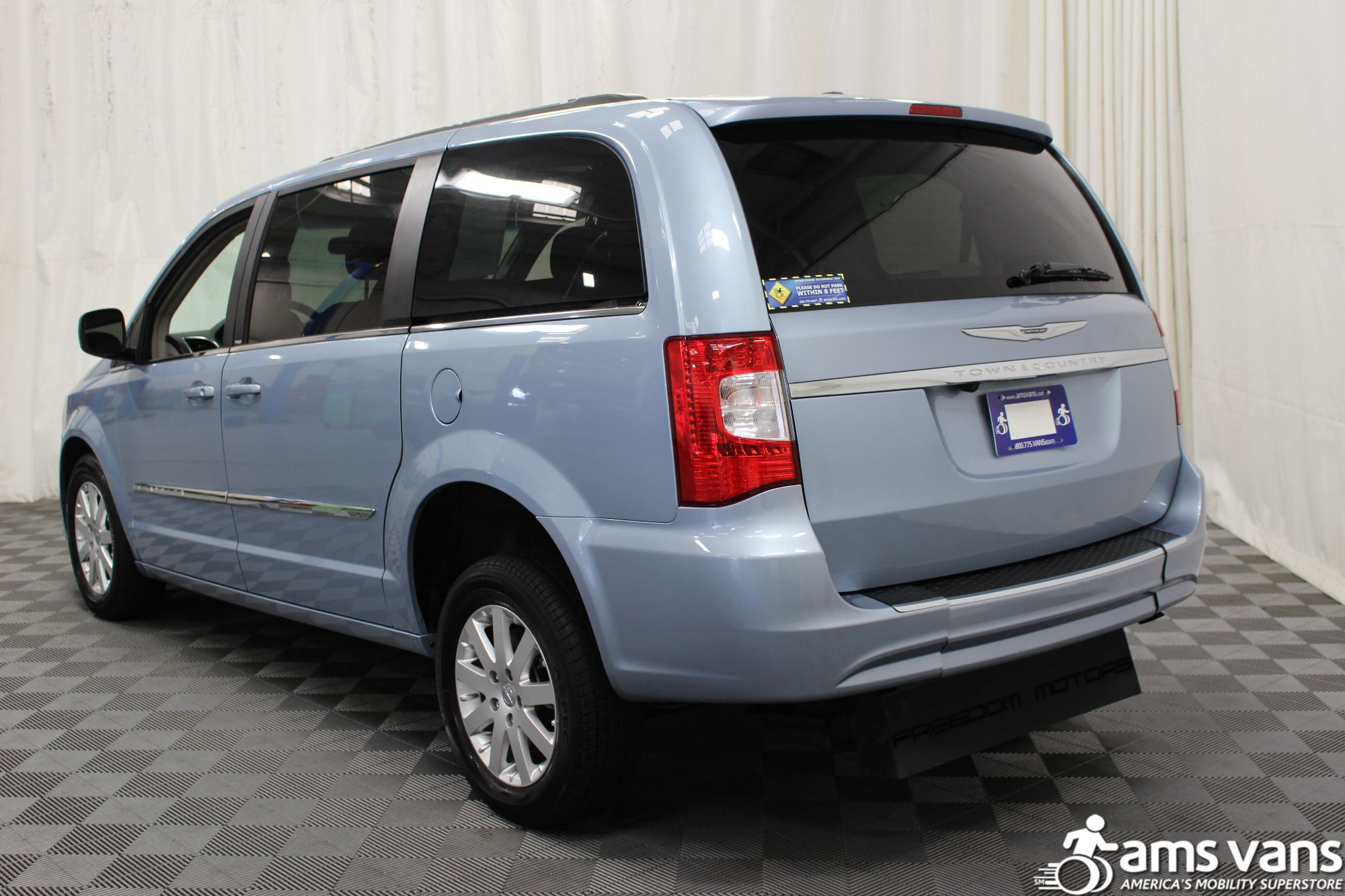 2013 Chrysler Town and Country Touring Wheelchair Van For Sale #13