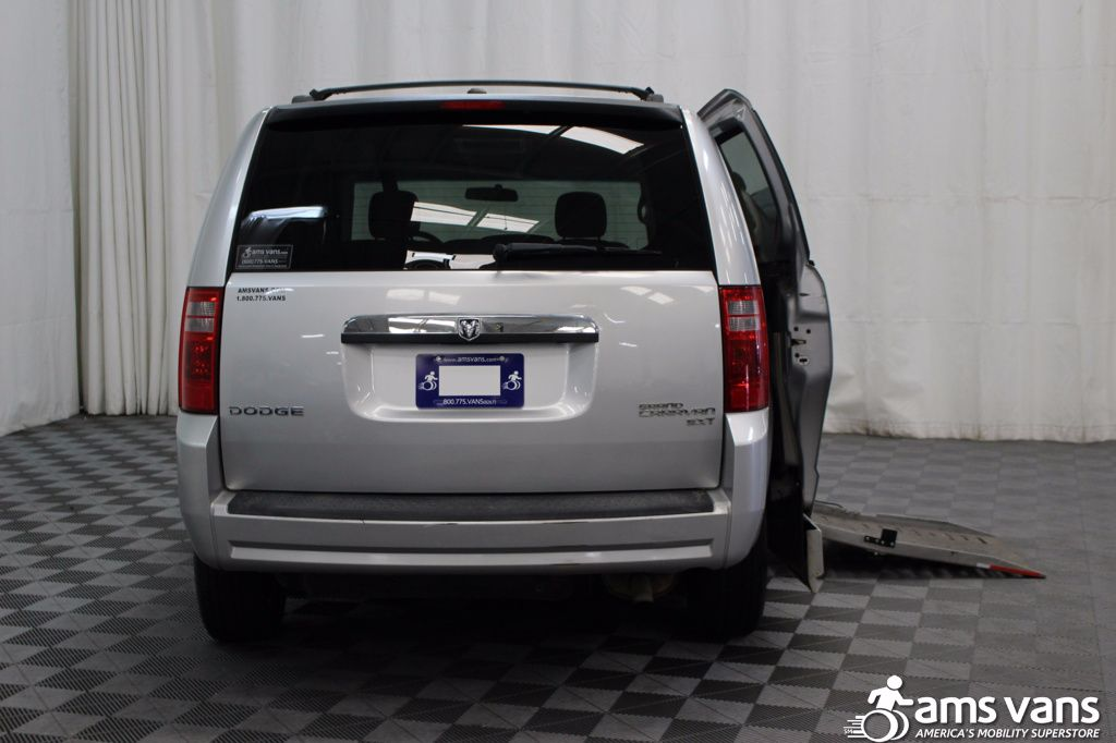 2010 Dodge Grand Caravan SXT Wheelchair Van For Sale #4