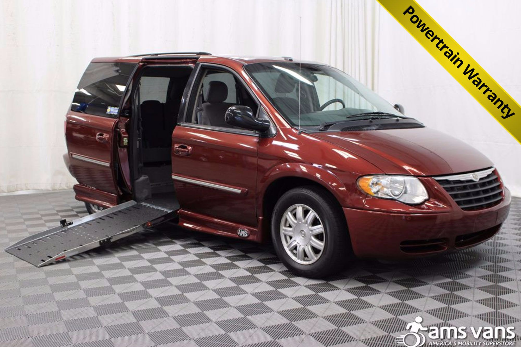 2007 Chrysler Town and Country Touring Wheelchair Van For Sale #1