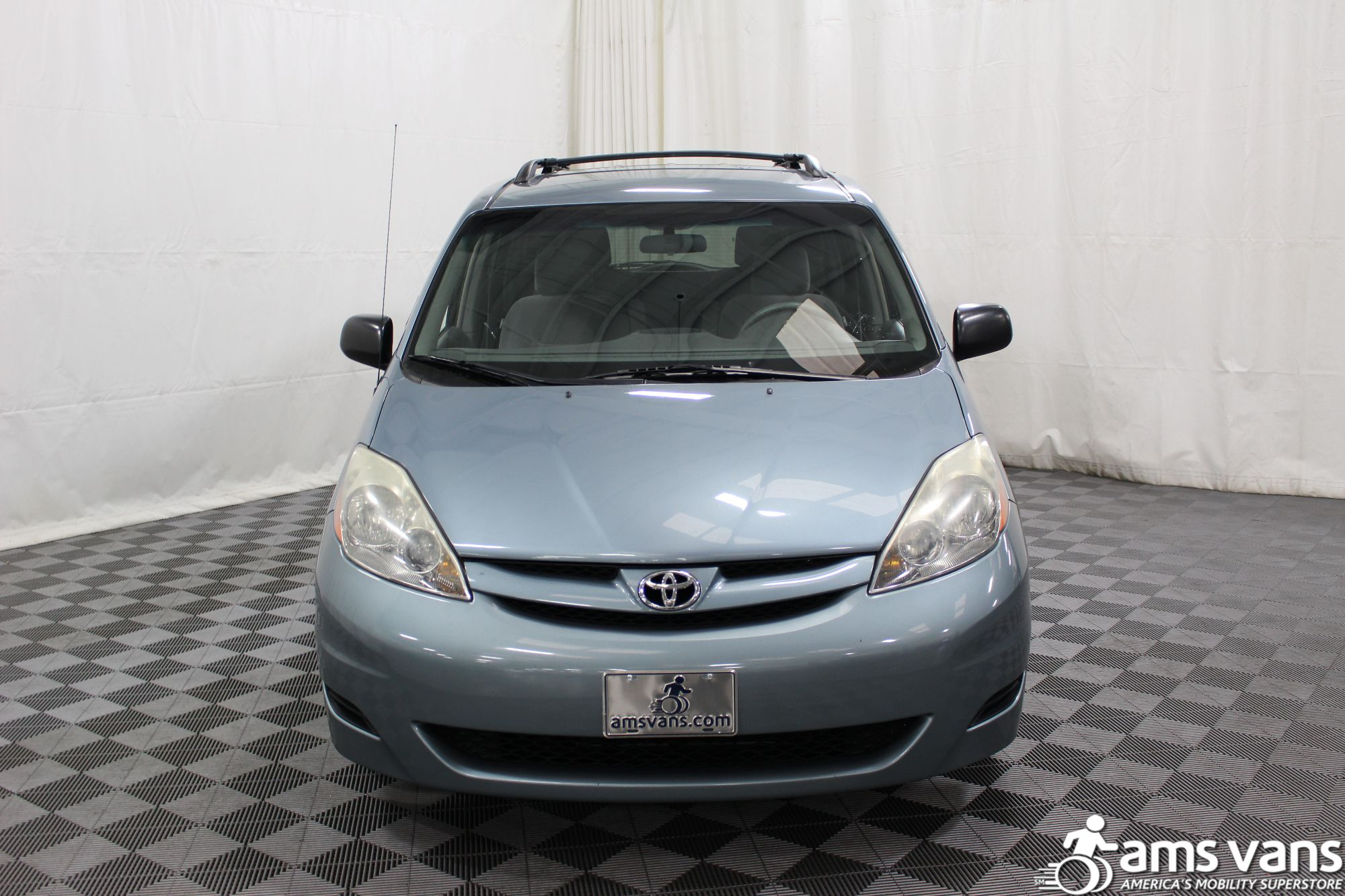 2006 Toyota Sienna LE Wheelchair Van For Sale #16