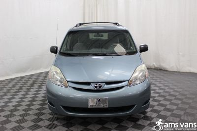 2006 Toyota Sienna Wheelchair Van For Sale -- Thumb #16