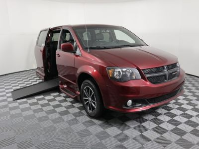 Used Wheelchair Van for Sale - 2018 Dodge Grand Caravan SXT Wheelchair Accessible Van VIN: 2C7WDGCG4JR218808