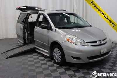 2009 Toyota Sienna Wheelchair Van For Sale