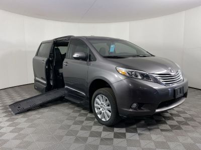 Handicap Van for Sale - 2017 Toyota Sienna Limited Wheelchair Accessible Van VIN: 5TDYZ3DC5HS871225