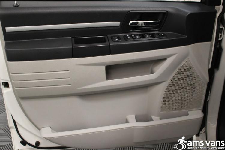 2008 Dodge Grand Caravan SXT Wheelchair Van For Sale #21