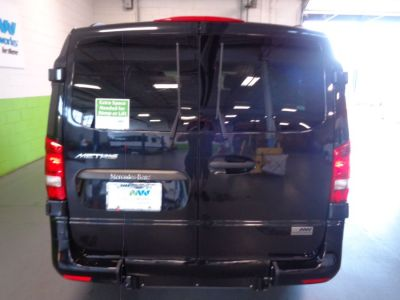 Black Mercedes-Benz Metris image number 4