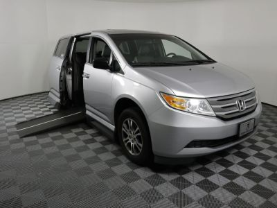 Used Wheelchair Van for Sale - 2011 Honda Odyssey EX-L Wheelchair Accessible Van VIN: 5FNRL5H68BB026144