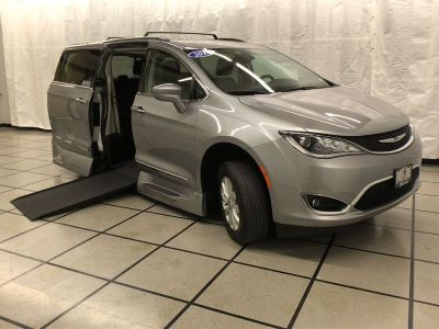 Used Wheelchair Van for Sale - 2019 Chrysler Pacifica Touring L Wheelchair Accessible Van VIN: 2C4RC1BG4KR603430