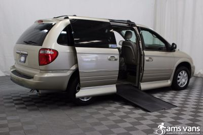 2005 Chrysler Town and Country Wheelchair Van For Sale -- Thumb #3