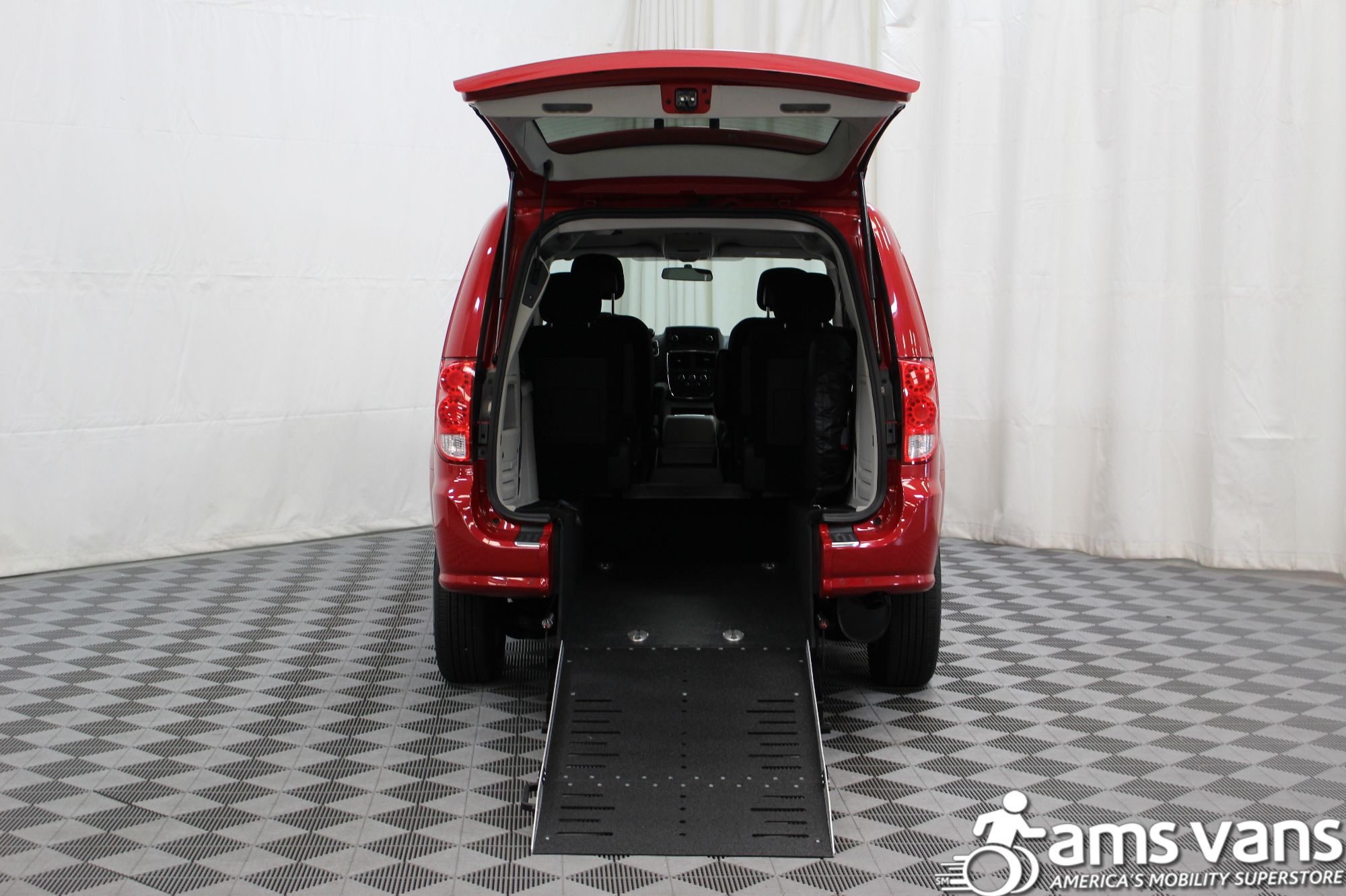 2016 Dodge Grand Caravan SXT Wheelchair Van For Sale #3