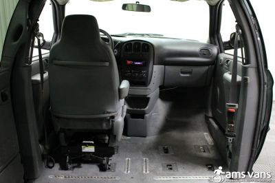 2004 Dodge Grand Caravan Wheelchair Van For Sale -- Thumb #7