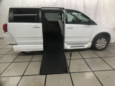 Used Wheelchair Van for Sale - 2014 Dodge Grand Caravan American Value Package Wheelchair Accessible Van VIN: 2C4RDGBG4ER334821