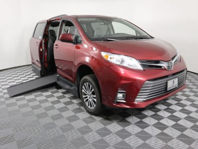 New Wheelchair Van for Sale - 2020 Toyota Sienna XLE Wheelchair Accessible Van VIN: 5TDYZ3DC3LS021246