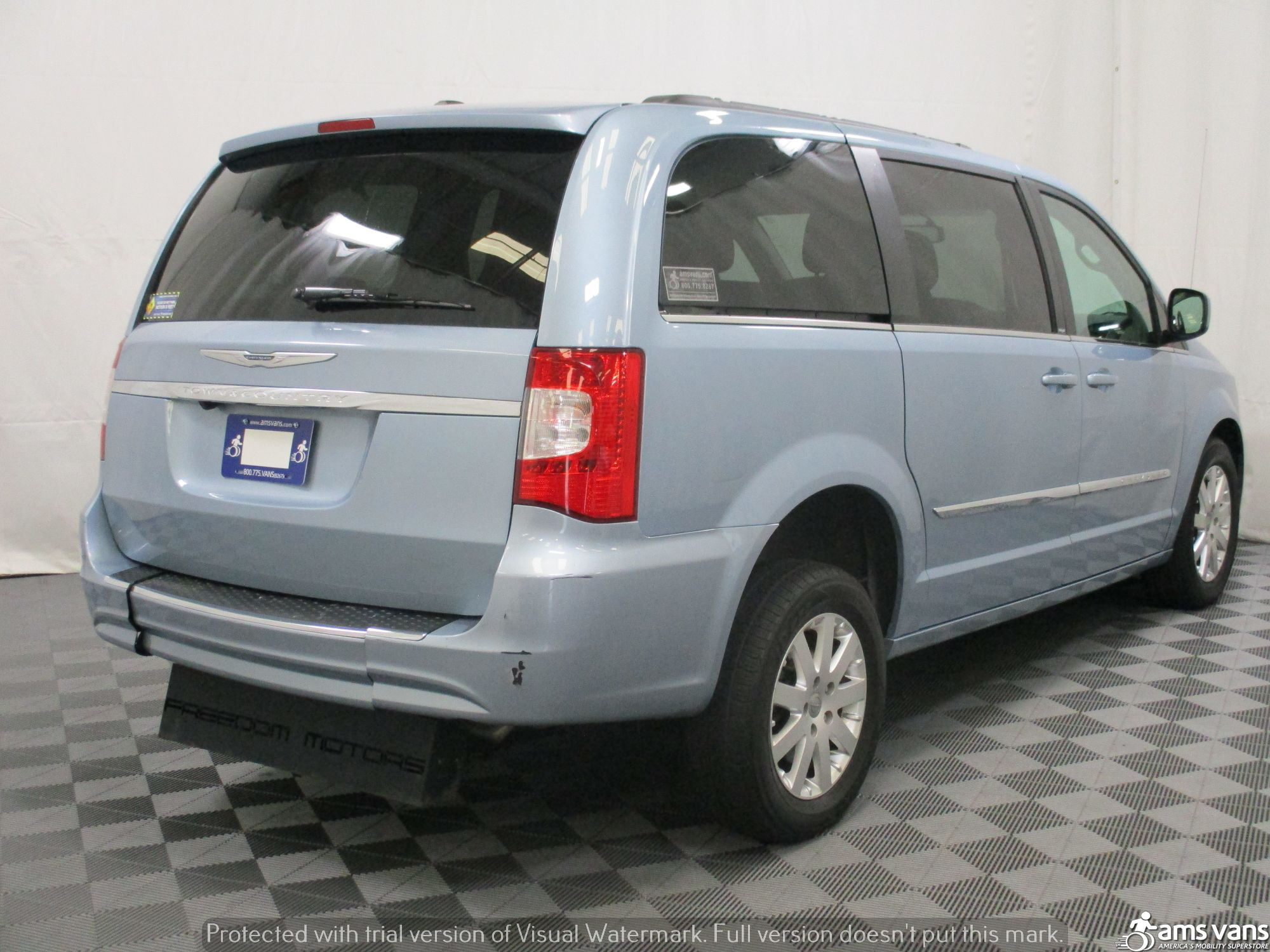 2013 Chrysler Town and Country Wheelchair Van For Sale #10