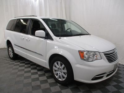 2015 Chrysler Town and Country Wheelchair Van For Sale -- Thumb #10