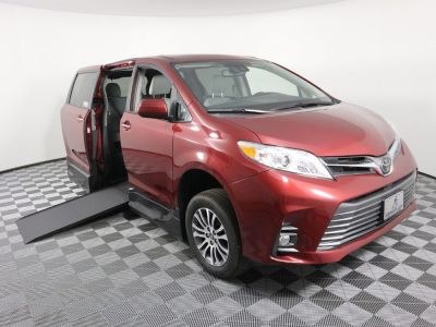 New Wheelchair Van for Sale - 2019 Toyota Sienna XLE Wheelchair Accessible Van VIN: 5TDYZ3DC3KS012478