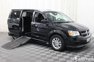 Used 2015 Dodge Grand Caravan SXT Wheelchair Van