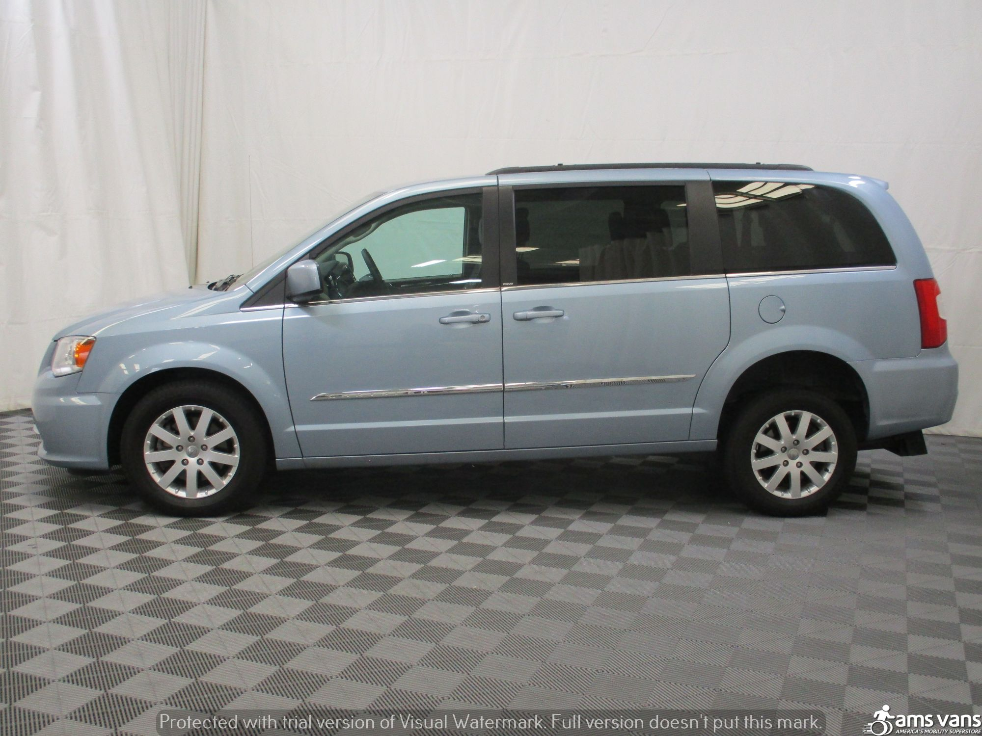 2013 Chrysler Town and Country Wheelchair Van For Sale #13