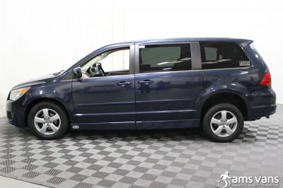 2009 Volkswagen Routan Wheelchair Van For Sale -- Thumb #16