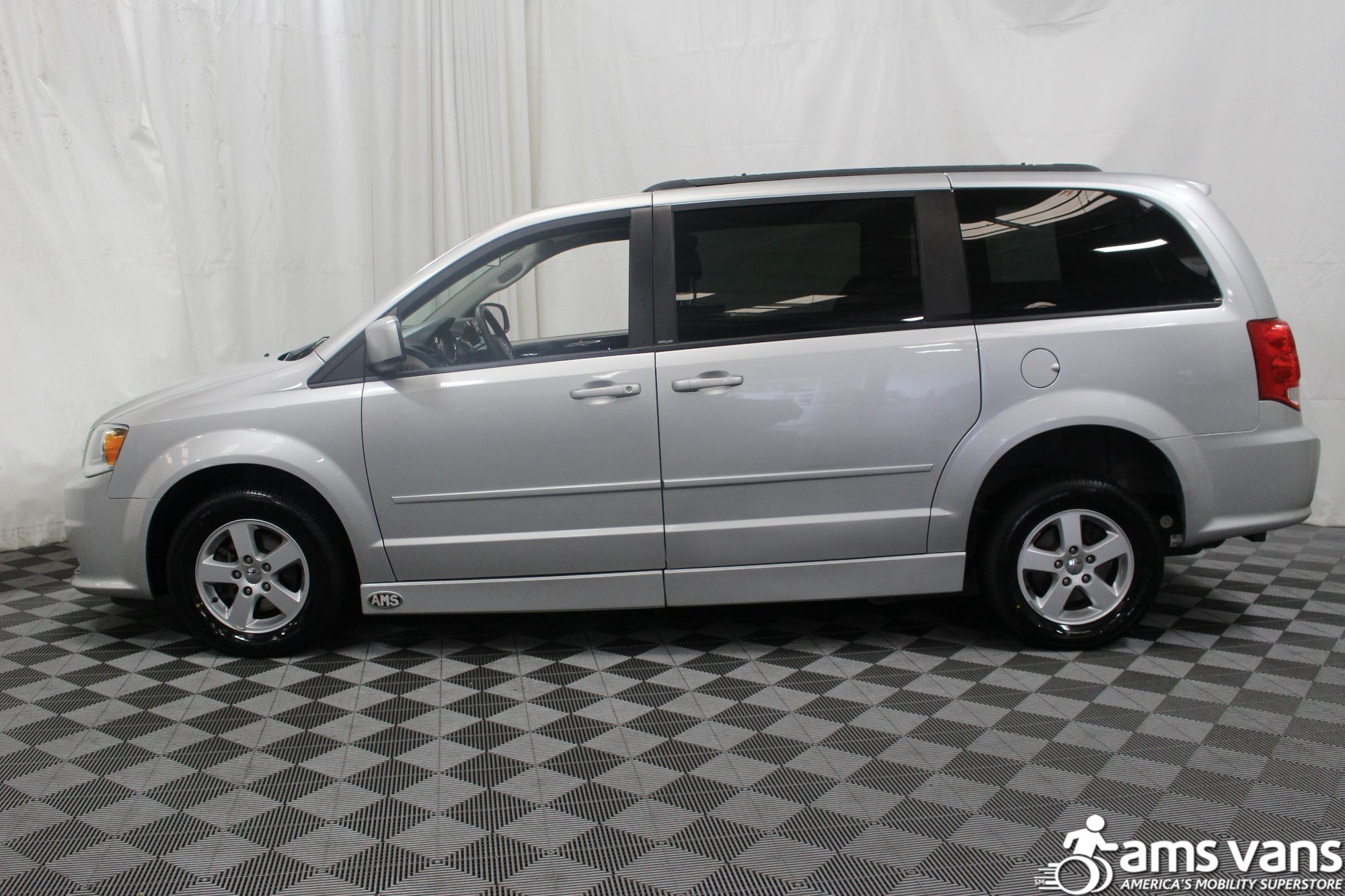 2011 Dodge Grand Caravan Mainstreet Wheelchair Van For Sale #12