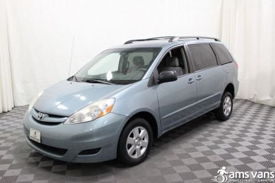 2006 Toyota Sienna Wheelchair Van For Sale -- Thumb #15