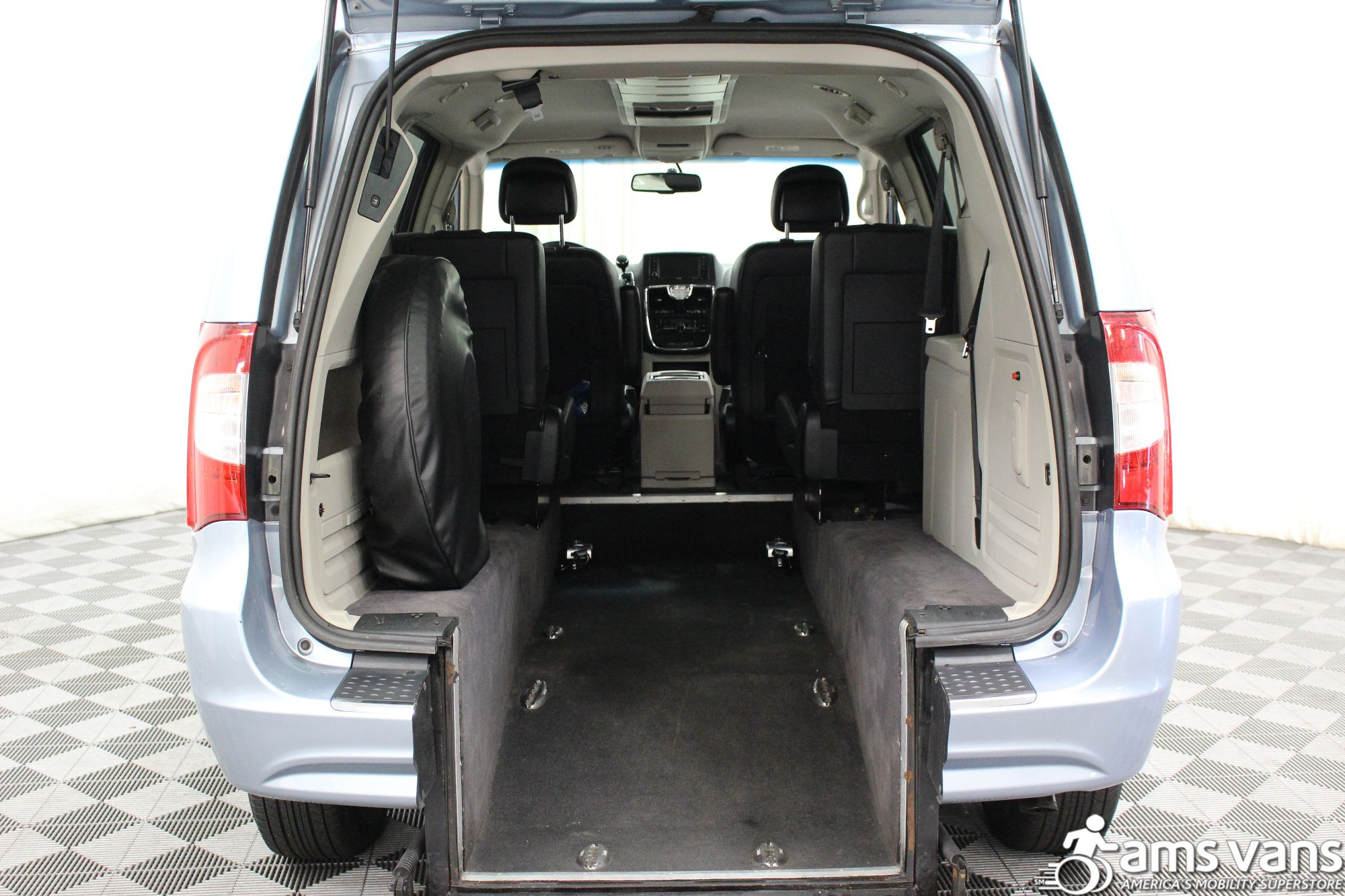 2013 Chrysler Town and Country Touring Wheelchair Van For Sale #4