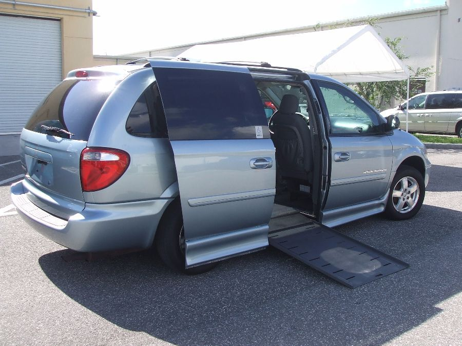 Handicap wheelchair van service repair and maintenance for Wheelchair accessible homes for sale in florida