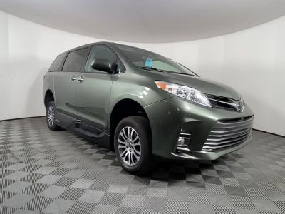 New Wheelchair Van for Sale - 2020 Toyota Sienna XLE Wheelchair Accessible Van VIN: 5TDYZ3DC2LS036739