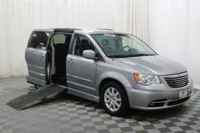 Used Wheelchair Van for Sale - 2014 Chrysler Town & Country Touring Wheelchair Accessible Van VIN: 2C4RC1BG3ER399305