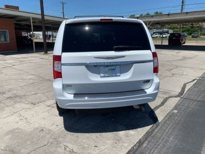 White Chrysler Town and Country image number 5