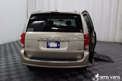 2013 Dodge Grand Caravan Wheelchair Van For Sale -- Thumb #4
