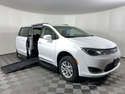 New Wheelchair Van for Sale - 2020 Chrysler Pacifica Touring L Wheelchair Accessible Van VIN: 2C4RC1BG6LR136898