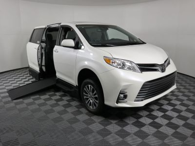 New Wheelchair Van for Sale - 2020 Toyota Sienna XLE SC Wheelchair Accessible Van VIN: 5TDYZ3DC7LS086861