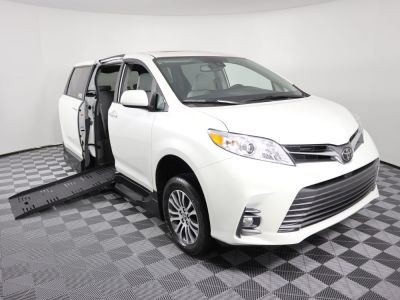 Handicap Van for Sale - 2019 Toyota Sienna XLE +SC Wheelchair Accessible Van VIN: 5TDYZ3DC8KS009513