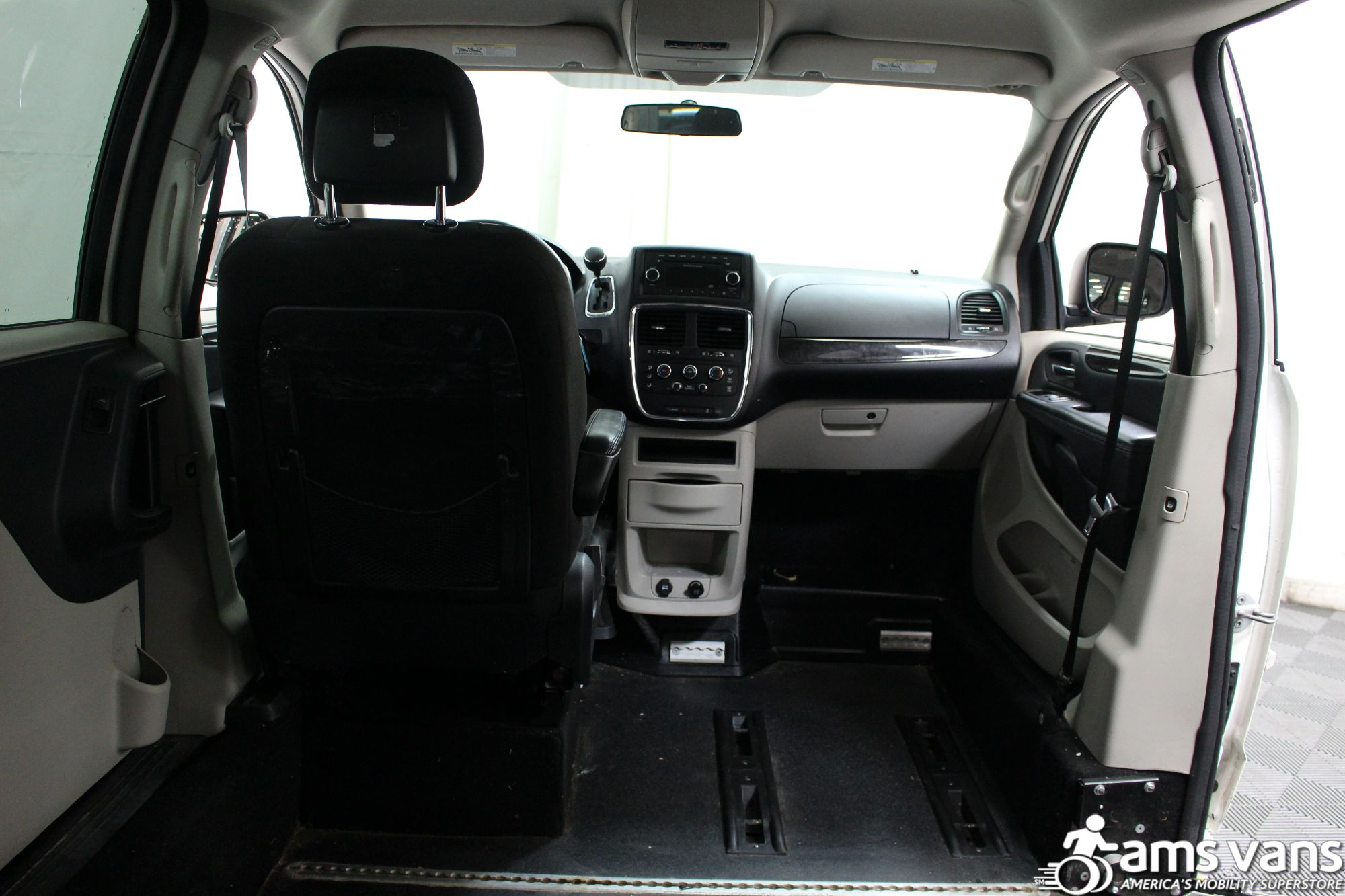2012 Dodge Grand Caravan SXT Wheelchair Van For Sale #5