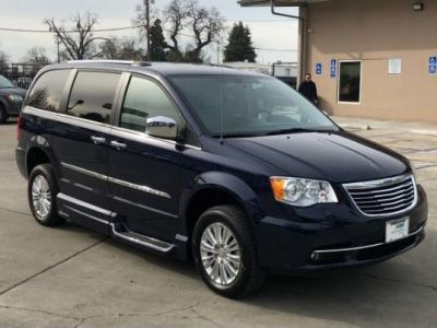 Blue Chrysler Town and Country image number 23
