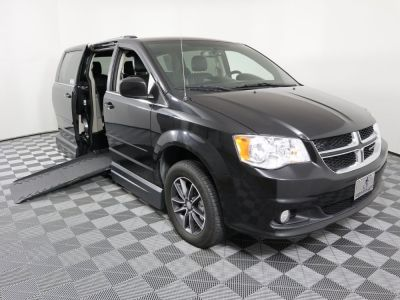 Used Wheelchair Van for Sale - 2017 Dodge Grand Caravan SXT Wheelchair Accessible Van VIN: 2C4RDGCG7HR581088